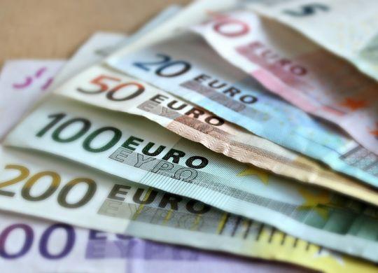 Rechtenvrije foto geld